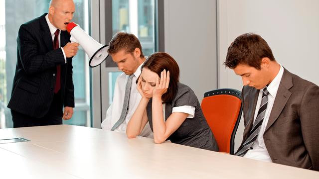 Что делать, если сотрудники бойкотируют нового руководителя