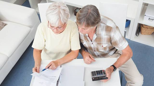 Прибавка к пенсии в 2020 году работающим пенсионерам