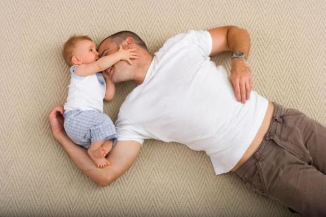 Может ли муж получить декретные выплаты: как оформить декретные на отца