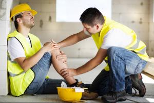 Производственная травма на производстве: что делать работнику, выплаты и компенсации