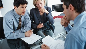 Неофициальное трудоустройство – ответственность работодателя, как оформить работника