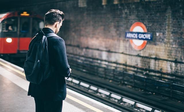 Как правильно отправить сотрудника в командировку — особенности и нюансы