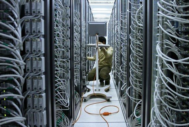 Запрещать ли интернет на работе